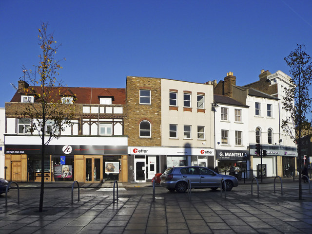Enfield Town London Removals Services | Best Moving Company